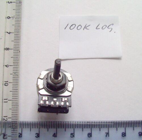 100k registro UK 4mm D forma del huso hecho un pequeño Potenciómetro Con Interruptor