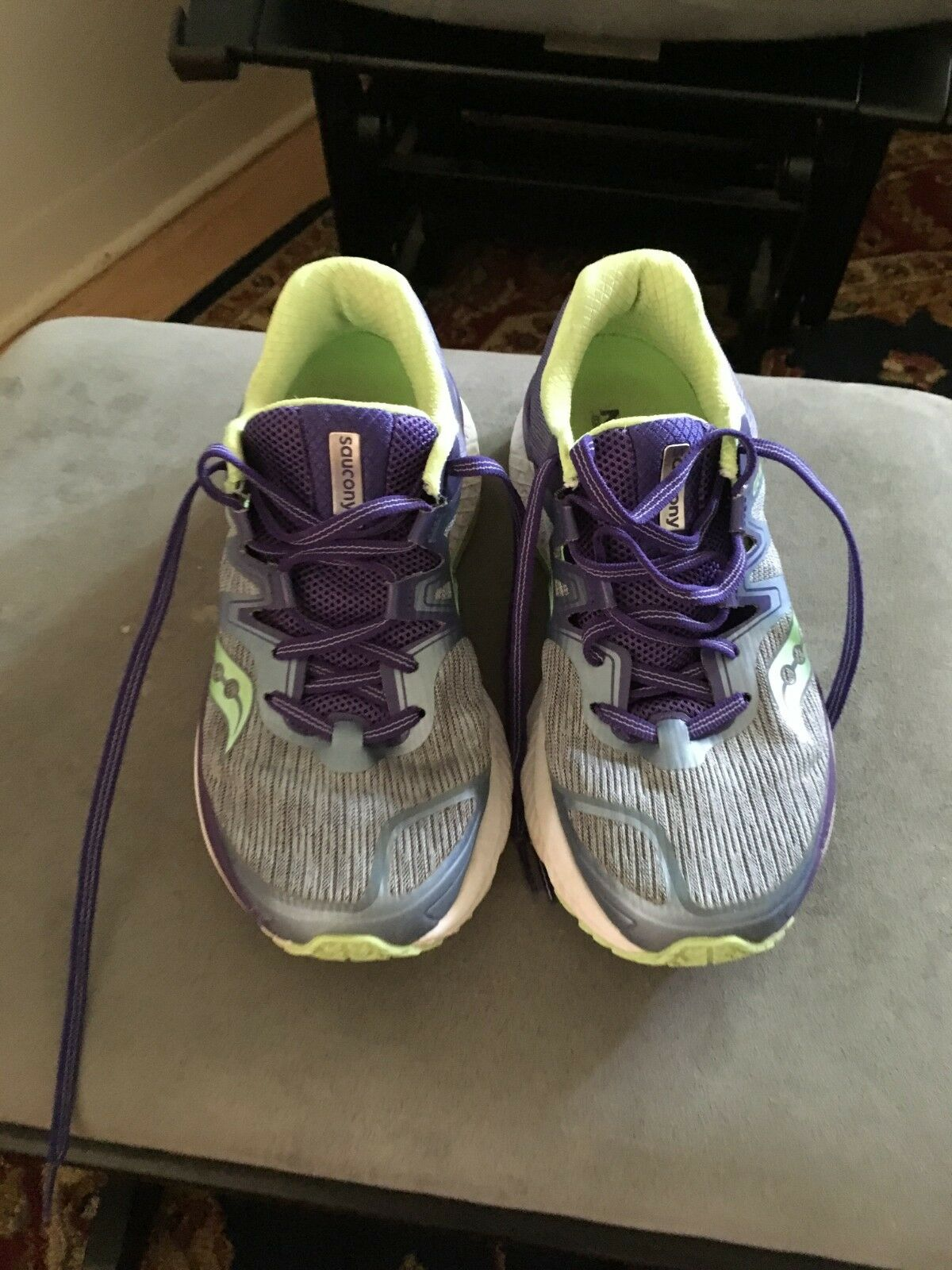 Women's Saucony Guide ISO Running shoes size 7.5 Wide