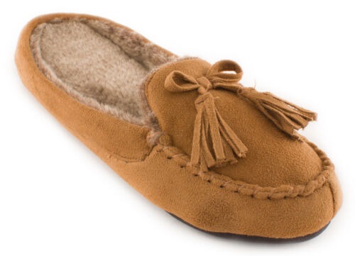 ISOTONER Women/'s Woodlands Microsuede Hoodback Moccasin Slippers with Tassel