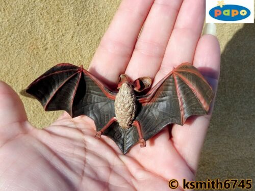 NEW * Papo SMALL BAT solid plastic toy wild zoo flying animal