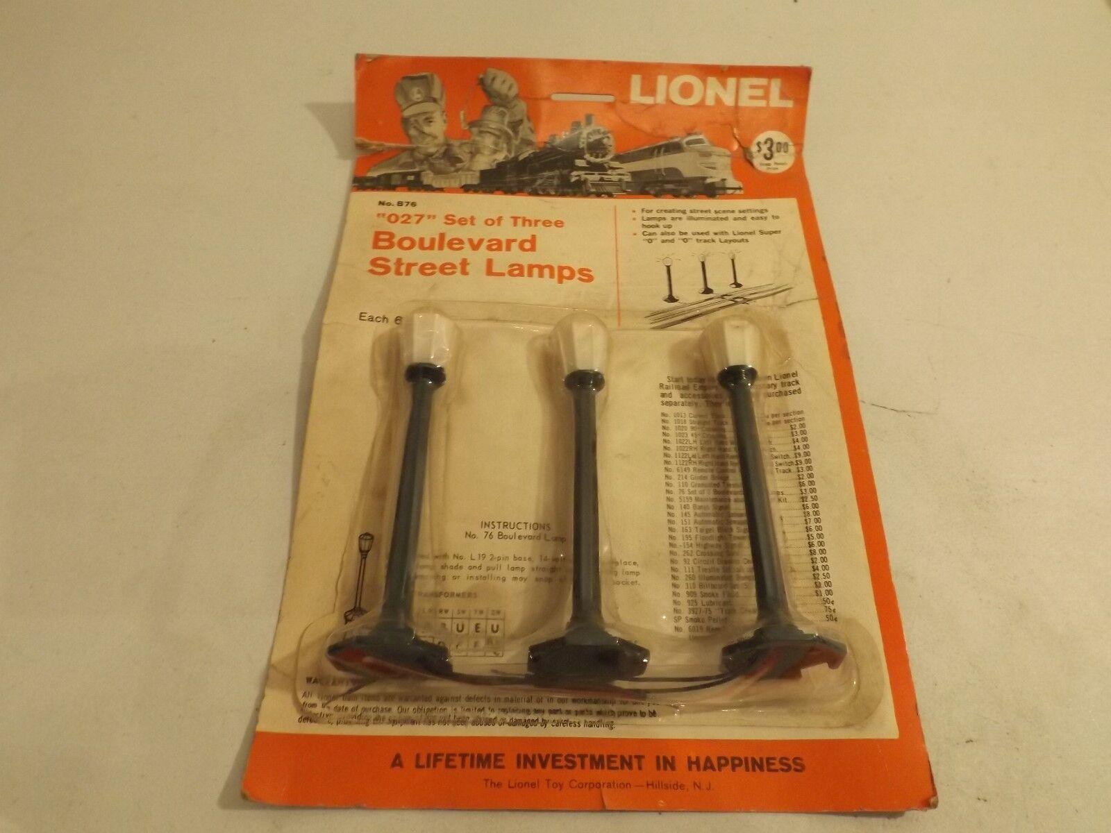 O Lionel B76 Boulevard street lamps set in orig pkg - ships free to lower 48 U.S