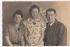 4-371-AK-SOLDAT-mit-FAMILIE-ATELIER-GRUNEWALD-LAUTER-SACHSEN