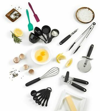 Cuisinart 17-Pieces Cooking and Baking Gadget Set