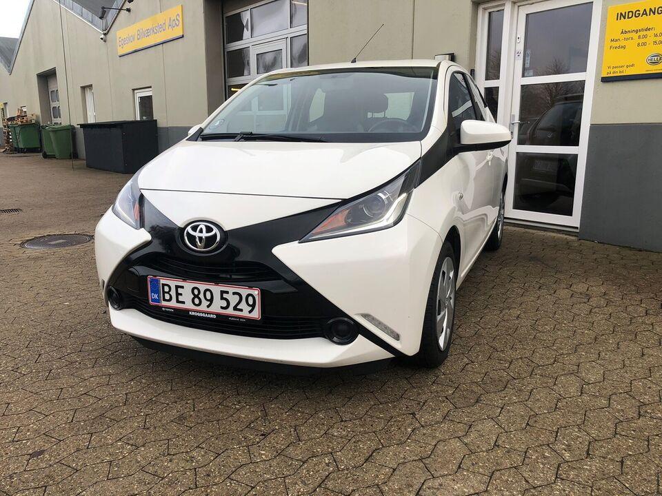 Toyota Aygo, 1,0 VVT-i x-play, Benzin