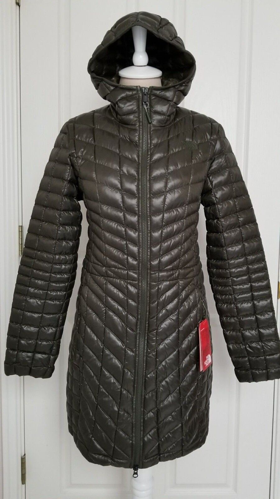21f4af7cf NWT NORTH INSULATED GREEN PARKA HOODED THERMOBALL WOMENS FACE THE ...