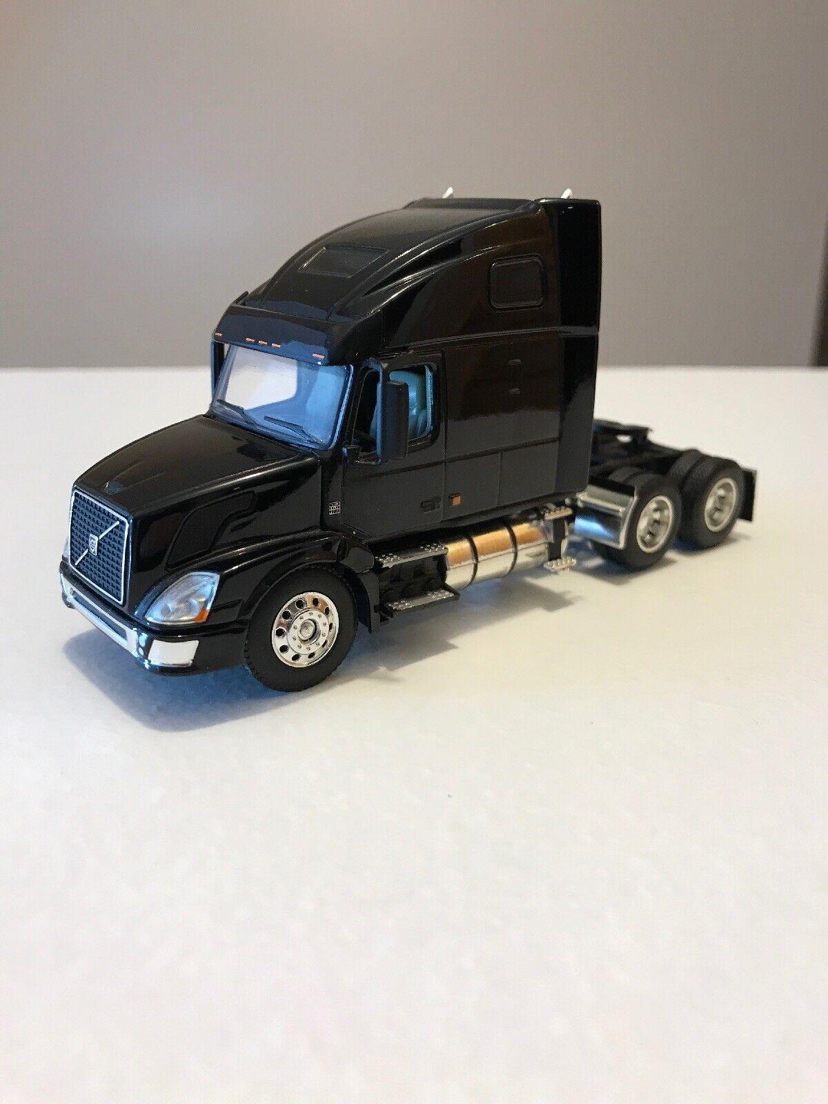 hasta 60% de descuento VOLVO semi camión 1 64 DCP largeCoche propietarios Edición Edición Edición Negro Big Rig  Compra calidad 100% autentica