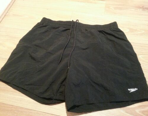 SPEEDO SCOPE MENS WATERSHORT.waist 26in .size M.AGE 89YRS .BLACk