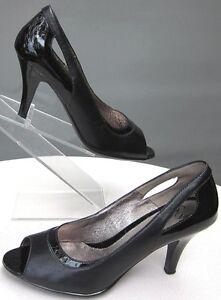 Sofft-Size-9M-039-Gemini-039-Black-Nappa-Patent-Leather-Peep-Toe-Pumps