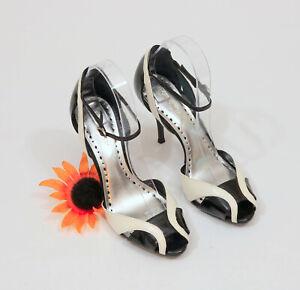 BCBGirls-Black-amp-White-Ankel-Strap-Stiletto-Heels-US-8-5B-C004