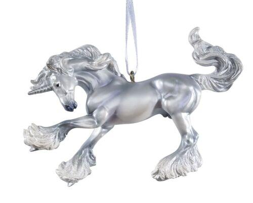 Unicorn stunning NIB/</>/< Breyer Christmas 2018 Ornament W700649 Virgil