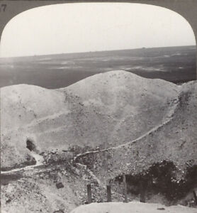 WW1-the-Tremendous-Crater-Left-by-Our-Mine-Exploding-at-La-Boiselle-on-the-Somme