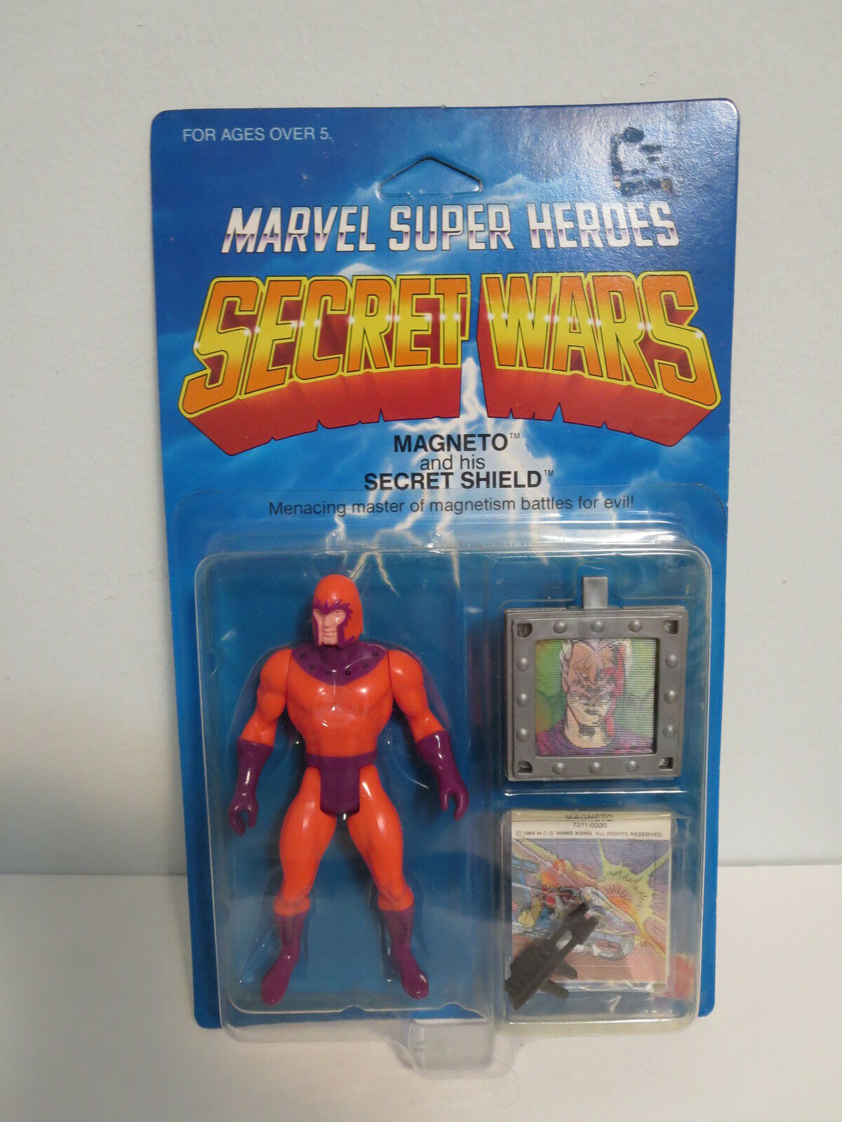 1984 Secret Wars Magneto Unpunched   MOC     (SW4)