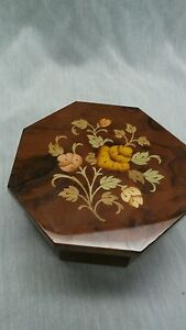 Pretty Italy Notturno Intarsio Sorrento wood inlay music jewelry box