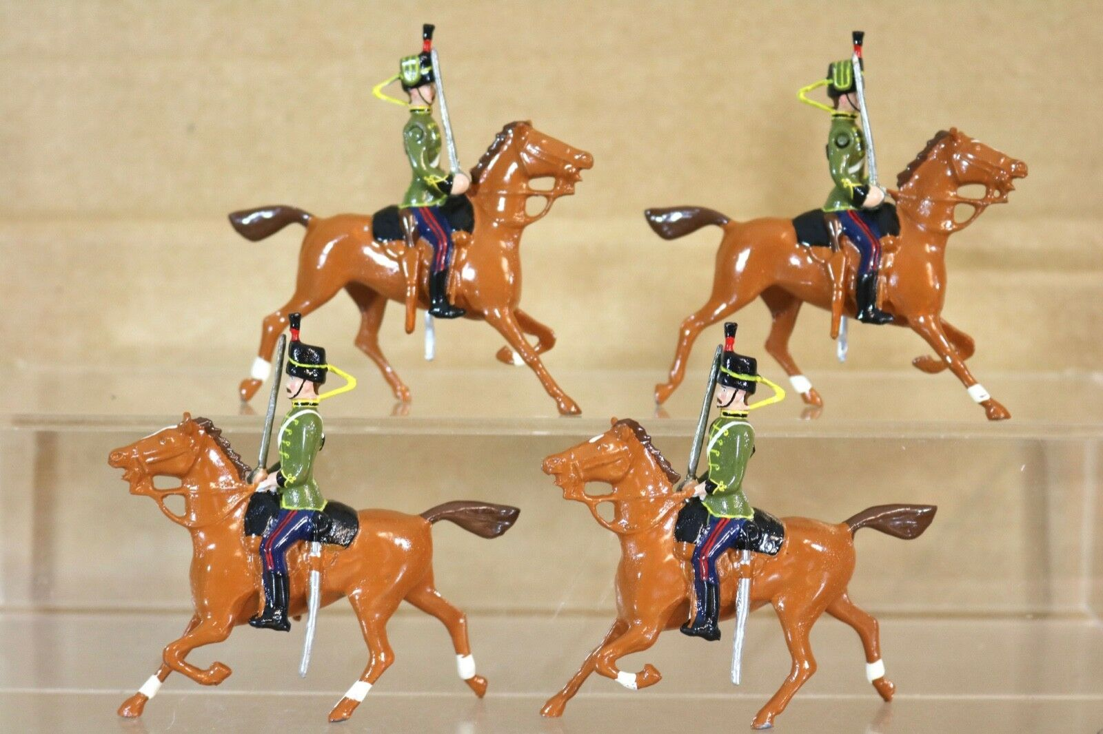Britains Re Fundido 4X Montada 12 Middlesex Hussars Caballería On Parade Nq