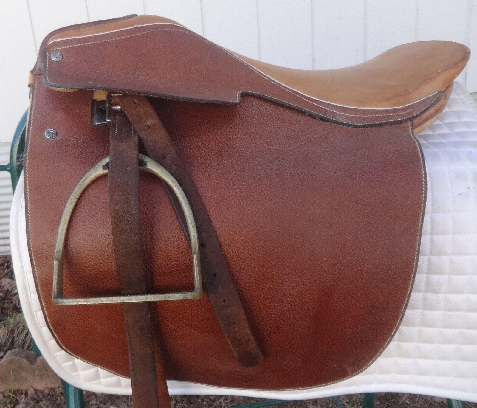 Saddleseat Show Saddle 20.5 Seat, Medium Tree GREAT  Free Leathers & Stirrups