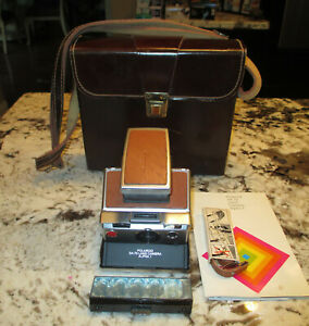 Vintage-Polaroid-SX-70-Alpha-1-Camera-with-Case-Flash-Manual