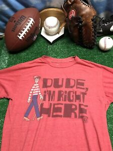 Where-s-Waldo-dude-I-m-right-here-savvy-medium-T-shirt-shirt-red-C13