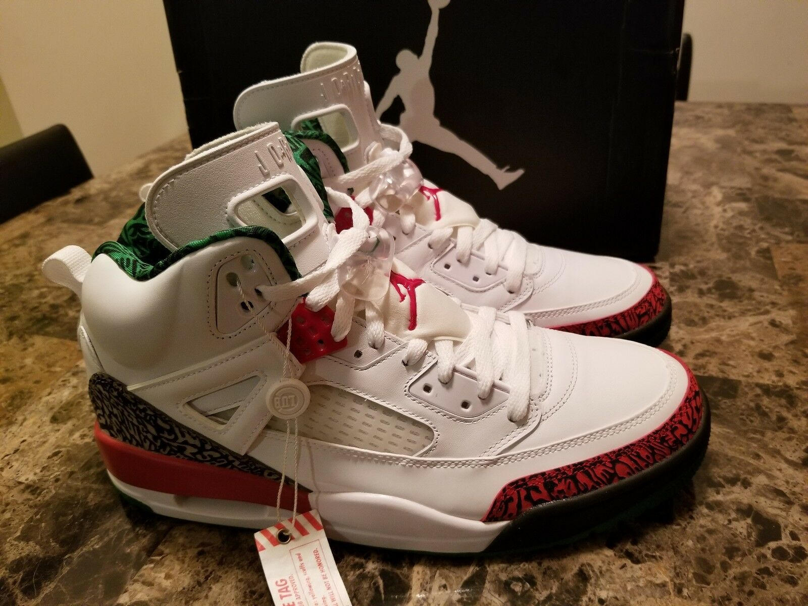 Nike Air Jordan spizike White vrsty Red cmnt gry and green Size 11