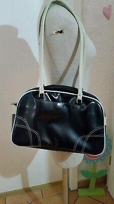 Daniel Ray Tasche Schultertasche schwarz modern Schulterriemen Reißverschluß