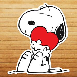 Snoopy-Hugging-Heart-Love-Peanuts-Cute-Die-Cut-Wall-Car-Window-Decal-Sticker