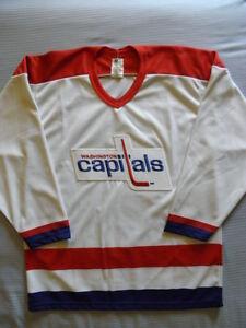 CCM Washington Capitals Vintage replica jersey sz M MED Medium Maska ... 171bd4ec7