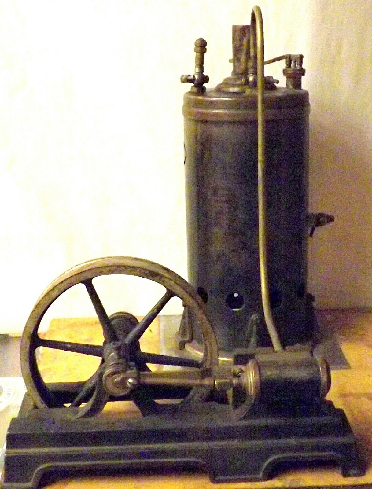 EARLY 20TH CENTURY MARKLIN WURTTEMBERG NUMBER 10 greenICAL STEAM ENGINE TOY