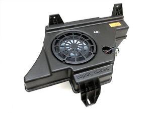 Lautsprecher Subwoofer Bassbox Orig. Logic7 für Mercedes W204 S204 C250 07-14