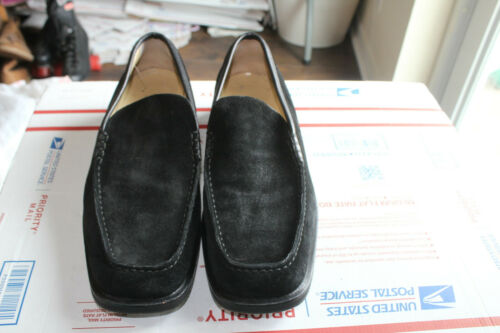 GUCCI MEN'S BLACK SUEDE LEATHER  LOAFERS SIZE  10 - image 1