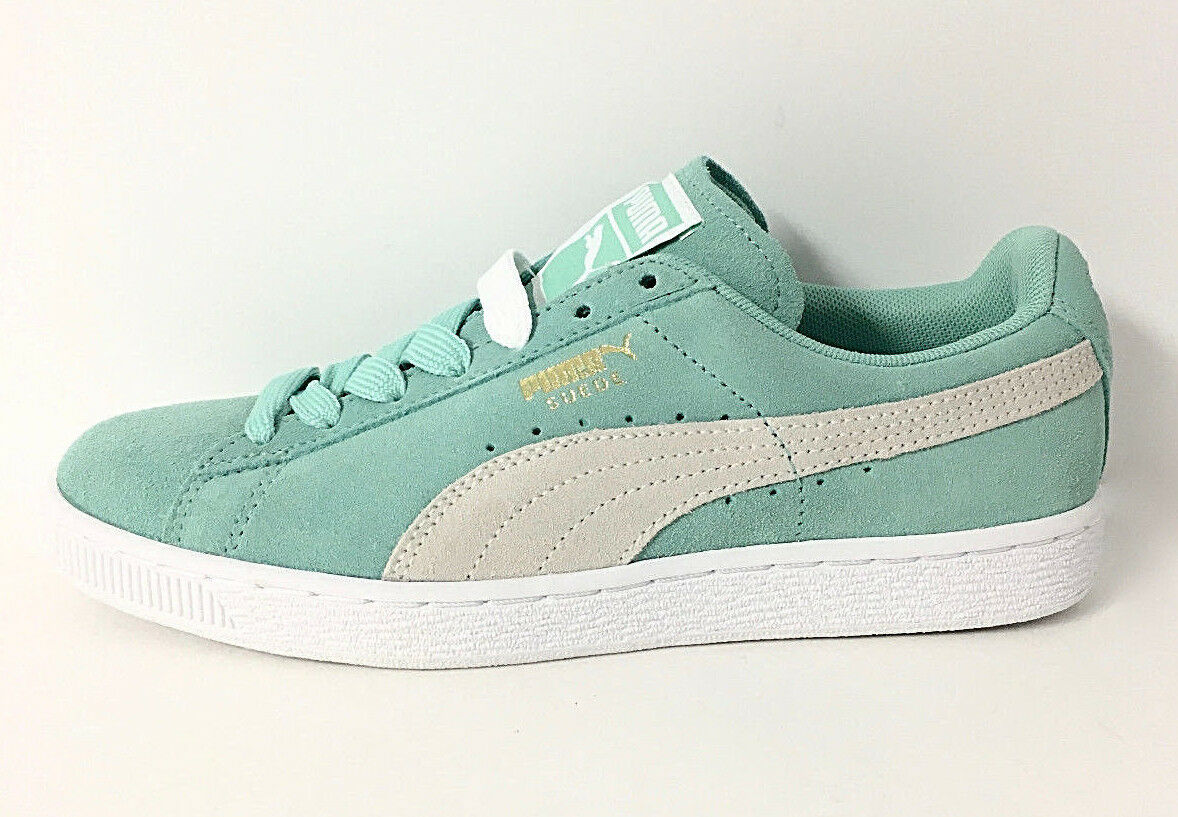 PUMA - WOMEN'S SUEDE CLASSIC HOLIDAY WHITE SNEAKER SZ 8, RETAIL