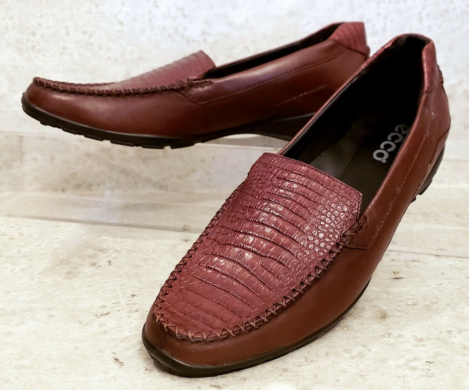 ECCO Moc leather loafer deluxe eur 40 US 9 B