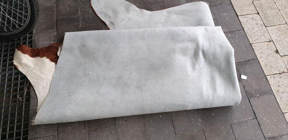 Andet tæppe, ægte tæppe, Ko skind