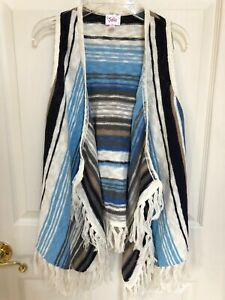 Justice-Sleeveless-Boho-Knit-Sweater-Vest-Blue-Striped-Fringed-Size-12-14