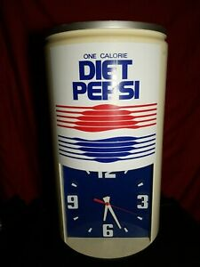 """VINTAGE """"DIET PEPSI"""" LARGE CAN SHAPE WALL CLOCK (BATTERY)"""