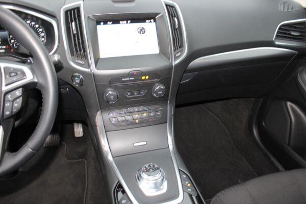 Ford S-MAX 2,0 EcoBlue Titanium aut. 7prs billede 9