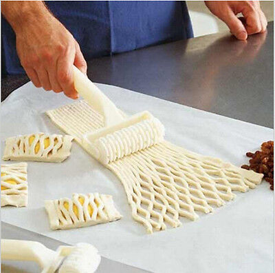 Hot Sale Plastic Baking Tool Cookie Pie Pizza Bread Pastry Lattice Roller Cutter