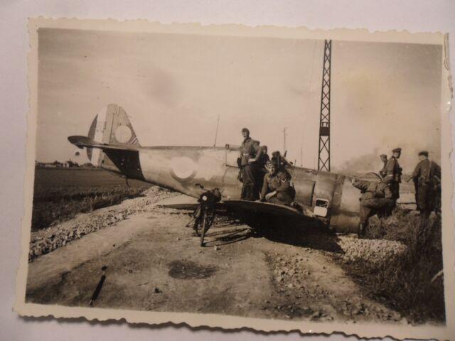 foto  luftwaffe abgeschossen Franzose Flugzeug jagdflieger