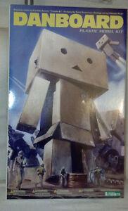 Japan-Kotobukiya-Yotsuba-amp-Danbo-Danboard-12-5CM-Plastic-Model-Kit-Figure-NEW