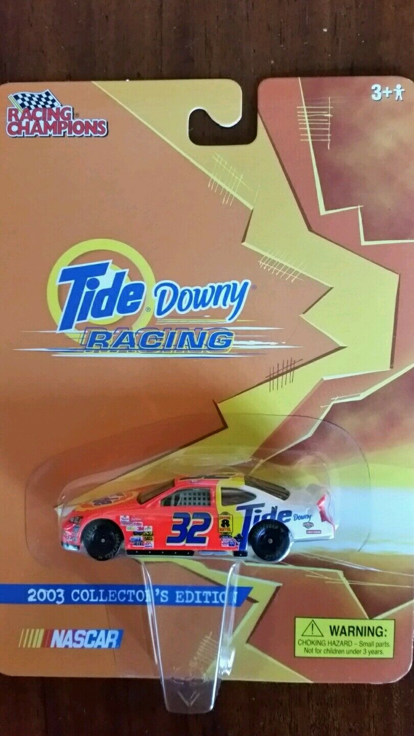 NASCAR Tide Downy RACING 2003 COLLECTOR'S EDITION CAR NEW