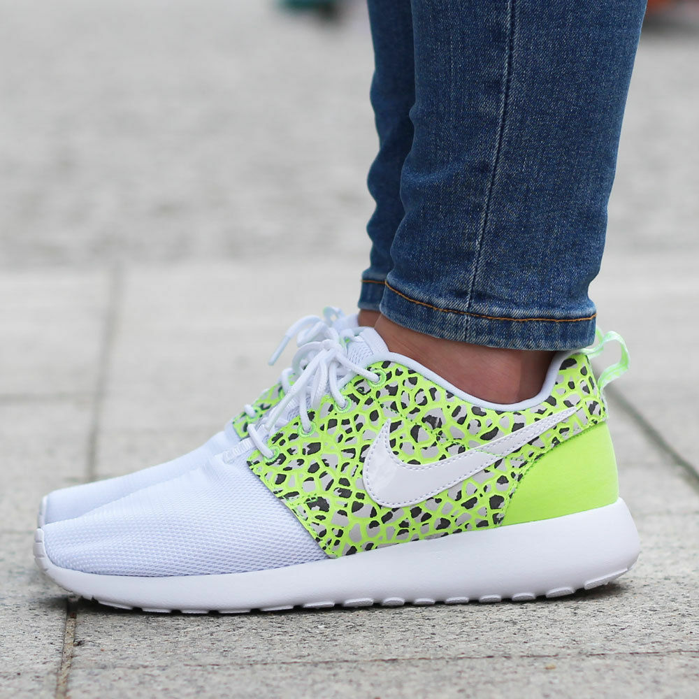 Da 36 Donna Nike Roshe One PRM MISURA 3 EUR 36 Da (833928 100) Bianco/Verde fantasma fd3649