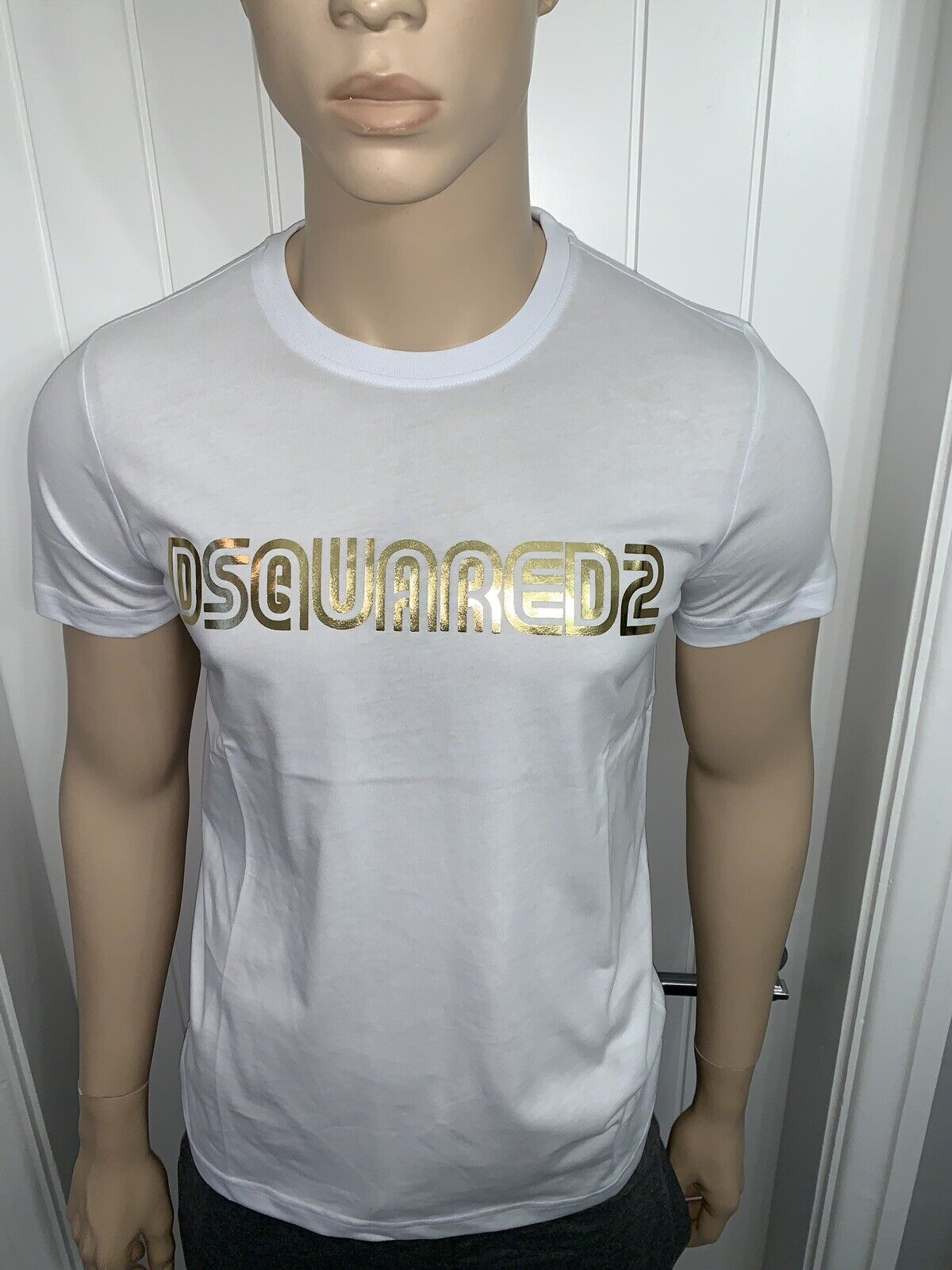Men's Dsquared Tshirt Bargain Small Price