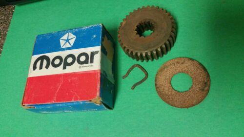 Starter Motor Shaft Pinion /& Ring Fits 59-76 Models NOS MOPAR 2275557
