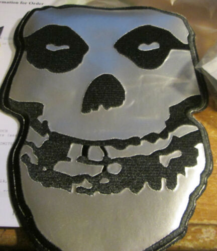 MISFITS COLLECTABLE RARE VINTAGE PATCH EMBROIDED METAL SUPER LARGE DANZIG