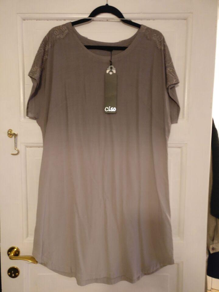 Anden kjole, Ciso, str. XXL