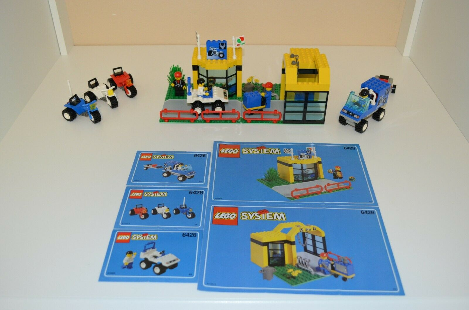 Lego Town Set Number 6426, Super Cycle Cycle Cycle Center, Produced in 1998 775b8f