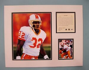 Tampa Bay Buccaneers ERIC RHETT 1995 Football 11x14 Matted Kelly Russell Print
