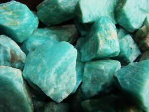 2000-Carat-Lots-of-Unsearched-Natural-Amazonite-Rough-Plus-a-FREE-Faceted-Gem