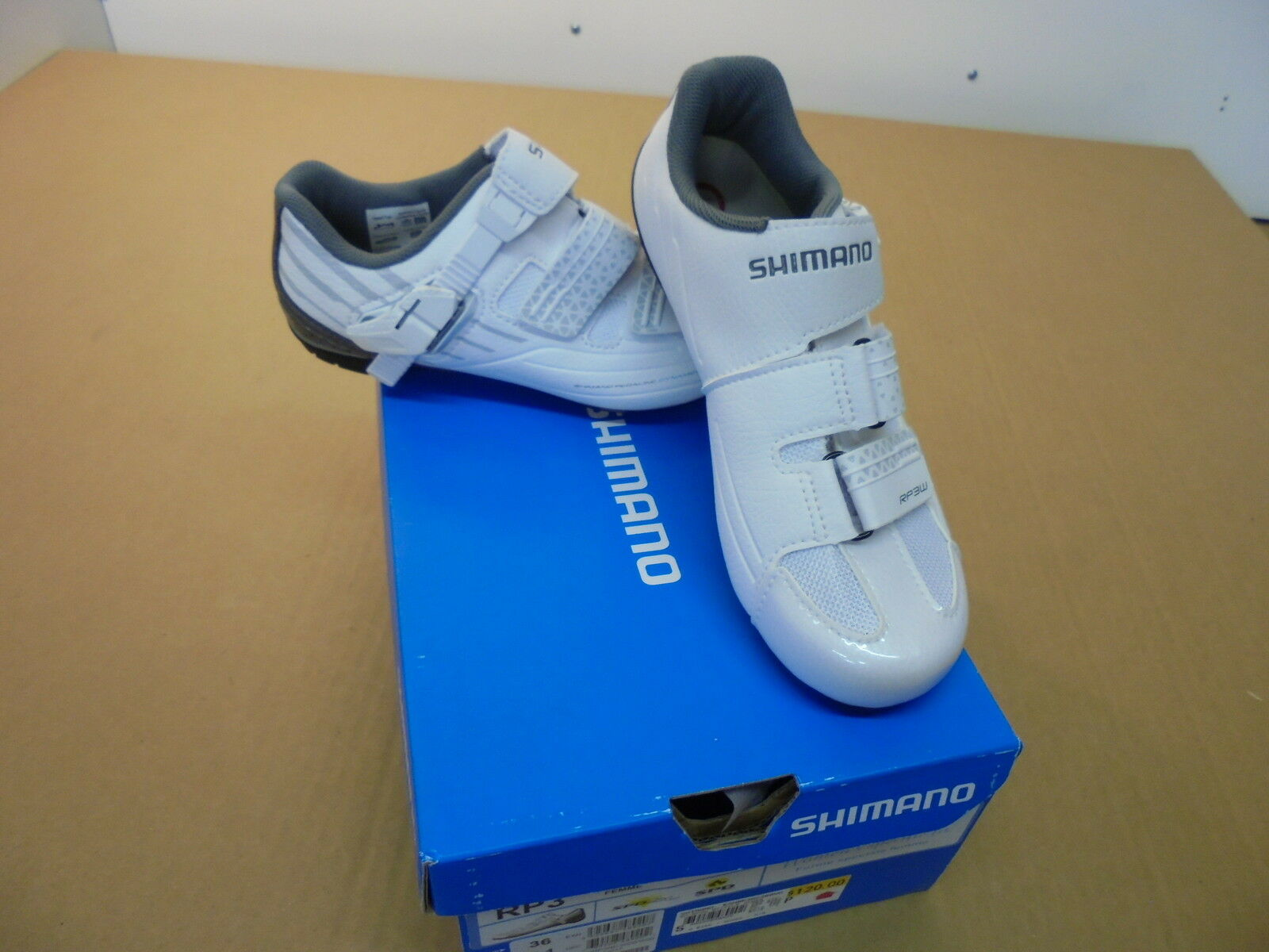 NEW SHIMANO RP3 SPD CYCLING SHOES   WOMENS      US 5.1  store sale outlet