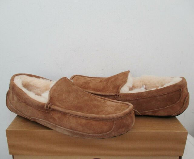 e075c3dcfbf UGG Australia Ascot 5775 Chestnut Suede Slippers Loafers Moccasins Size 10