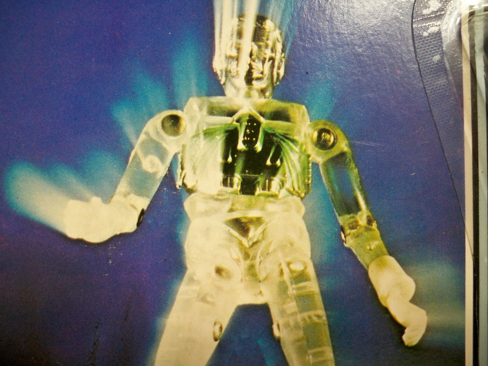 K1805471 TIME TRAVELER Gelb MOC UNPUNCHED MINT ON CARD MICRONAUTS 1976 MEGO