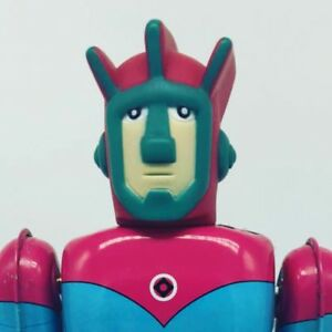 Tin Astroganger Robot Japan Personnage Billiken Bullmark Paki Takatoku Kyarakuta